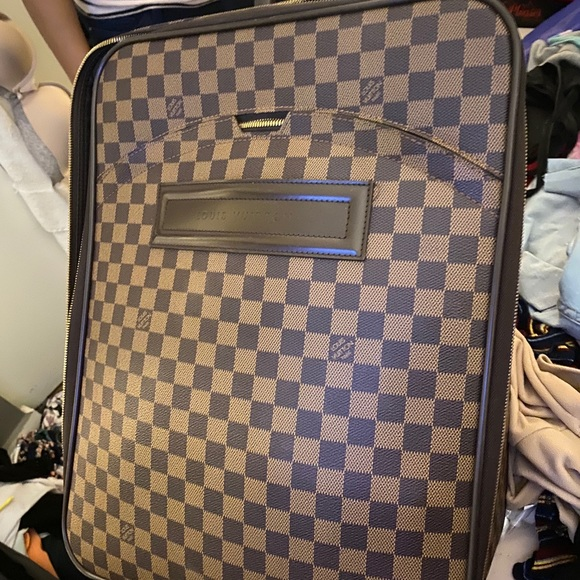 Authentic Louis Vuitton Carry-on
